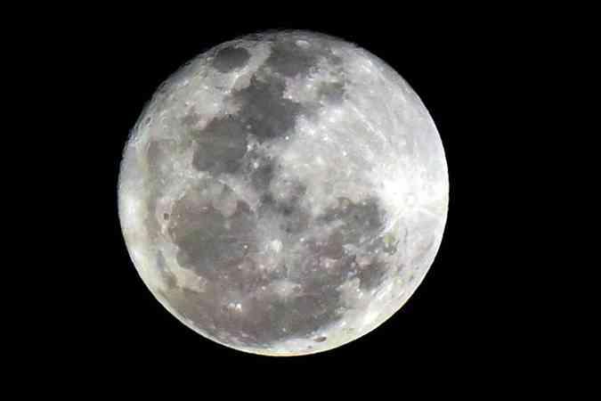 Última sexta-feira 13 do ano será com lua cheia (foto: Antonio Cunha/CB/D.A Press)